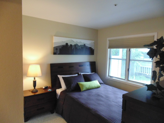 Boulder corporate housing furnished one bedroom apartment for One bedroom apartments with attached garage