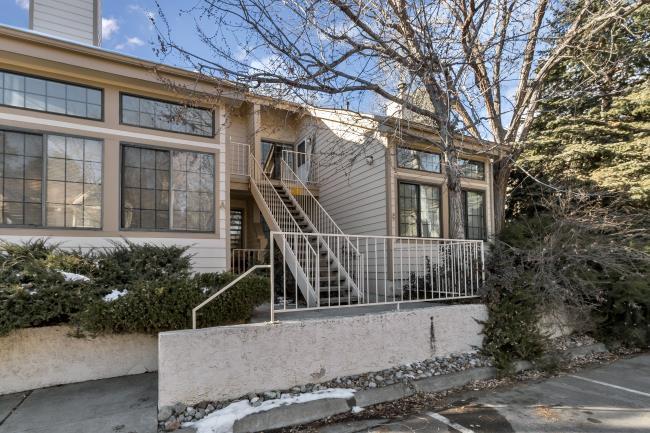 Excellent Boulder Co Rentals Gorgeous Remodeled 1 Bedroom Apartment Home Interior And Landscaping Palasignezvosmurscom