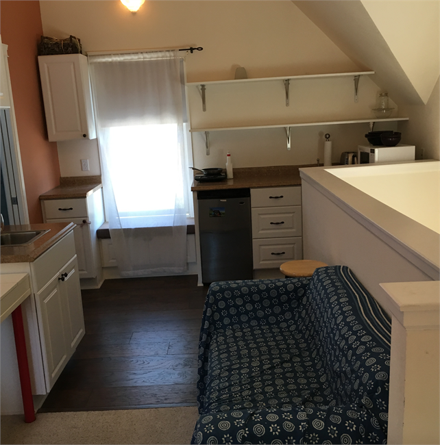 Rent House Apartment: Studio Apartment For Rent Above Garage